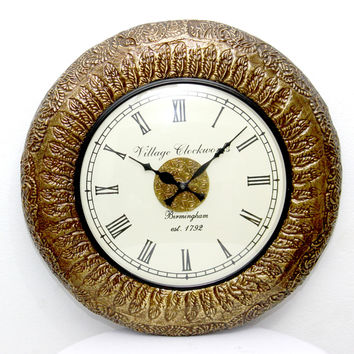 Aakashi Gold Tagari Block Brass Carving Wall Clock