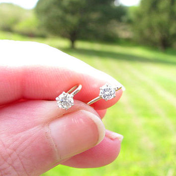 Vintage Diamond Studs Earrings, Petite, Dainty, Clean and Fiery Diamonds, Solid 10K and 14K Gold, Classic