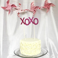 XoXo Cake Topper - Wedding Cake Topper - Pink Glitter Topper - Hugs and Kisses - Valentine's Day - Personalized - Gossip Girl Party