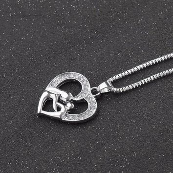 Mom Chain Necklaces Charming Hollow Love Heart Pendant Mother Daughter Necklace Mother's Day Gift For Women Jewelry
