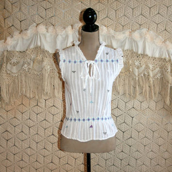 Aztec Embroidered White Summer Top Hippie Cotton Ethnic Peasant Top Mexican Sleeveless Ruffle High Neck XS Small Vintage Womens Clothing