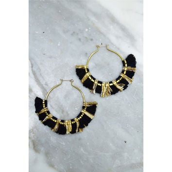 Extra large tassel hoop earrings – de petra