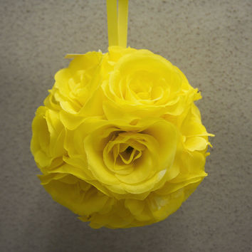 Flower Kissing Balls Wedding Centerpiece, 6-inch, Yellow