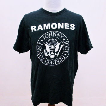 Vintage 90s The Ramones Band Music Rock Tee T-Shirt Large