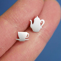 a Teapot & Cup (1 pair) sterling silver earrings , mini Pretend kitchen jewelry,  mother day jewelry, earrings for everyday