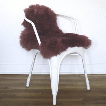 NATURAL SHEEPSKIN FURS  .  Natural Sheepskin Furs . Custom Dyed . Gorgeous Colors . Pet Mats and Beds . Chair Covers and Pads . Area Rugs