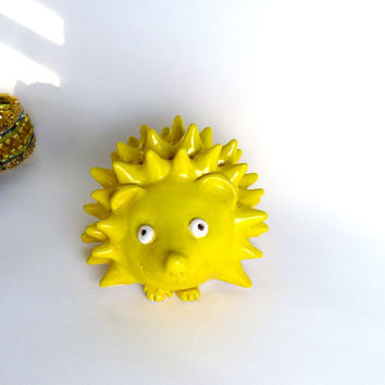Ceramic Pottery Hedgehog Porcupine Bright Yellow Rattle