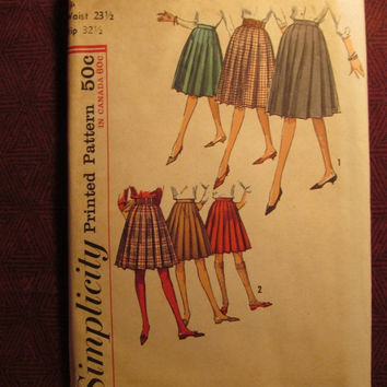SALE Uncut 1960's Simplicity Sewing Pattern, 5033! Waist 23 1/2 Hip 32 1/2 Small/Women's/Misses/Juniors/Teens/Pleated Skirts/Flared Skirts