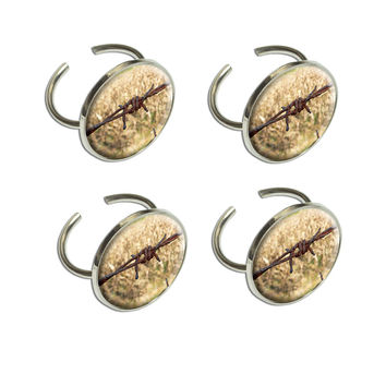 Rusty Barbed Wire Napkin Ring Set