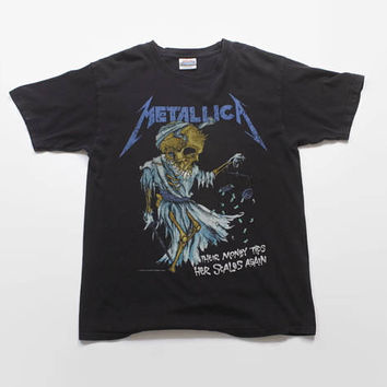 Vintage 90s METALLICA T-SHIRT / 1990s Their Money Tips Her Scales Black 94 Concert Tour Tee Shirt Tshirt