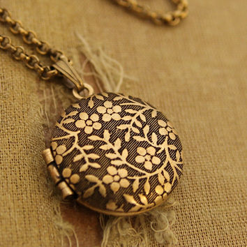 Forget Me Not - Tiny Round Locket Necklace