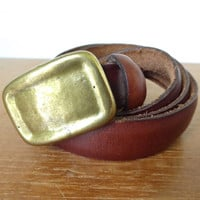 Chestnut leather belt with brass plate buckle, Made in Uruguay Kenneth Cole