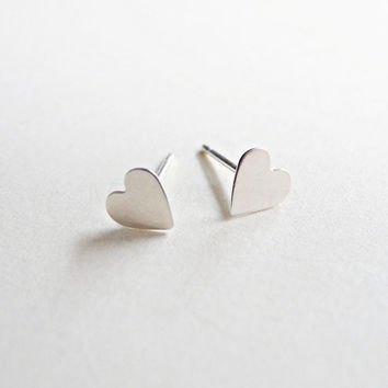 Sterling Silver Heart Stud Earrings,Silver Heart Earrings,Tiny Post Earrings,Heart Jewelry,Cartilage Studs Earrings,Hypoallergenic Earrings