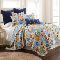 Portofino Reversible Quilt - Full / Queen (Coral)