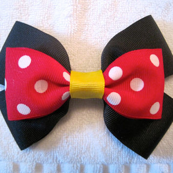 Minnie Mouse Bow by ABowNewWorld on Etsy