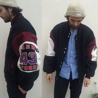 Vintage mens varsity jacket. NEW YORK 43. large black wool coat. 90s clothing letterman jacket. Zip it London  red white.