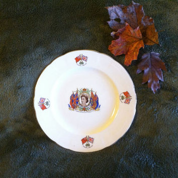 Queen Elizabeth II Coronation Commemorative Plate Alfred Meakin England Royal British Family Collectible Dish Her Majesty Crowned June 1953