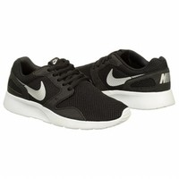 Athletics Nike Women's KAISHI RUN Blackwhite FamousFootwear.com