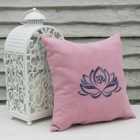 Pillow Covers Lotus Flower Decor Om Symbol Pillowcase Decorative Pillow Cases Throw Pillows Yoga Studio Bedroom Home V9