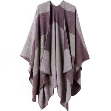[13115] Women Color Block Open front Blanket Poncho