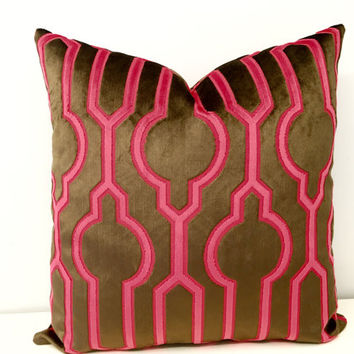 Fuchsia Pink Velvet Pillow Cover, 18X18 Velvet Pillow, Decorative Pillows, Velvet Cushion Cover, Fuchsia Pink Couch Sofa Throw Pillow Covers