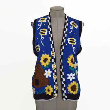 90s BellePointe Hand Knitted Sweater vest with Bees and Sunflowers