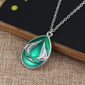 RJ Hot Sale Fashion Classic Game Assassin's Creed Necklaces Green Water Drop Shape Pendant Necklace For Men Fans Gift Choker