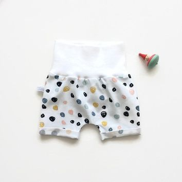 Baby or toddler shorts with colourful dots. Comfy slim fit shorts. Organic cotton knit fabric.