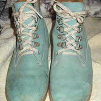 """Vintage  1970s original Dunham's """"waffle stompers"""" ladies size 8.5 aqua  blue suede hiking boots"""