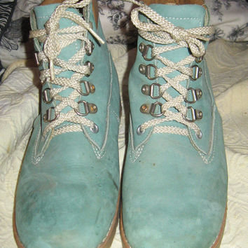 "Vintage  1970s original Dunham's ""waffle stompers"" ladies size 8.5 aqua  blue suede hiking boots"