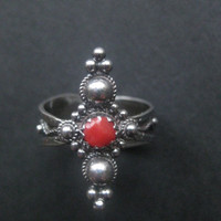 Vintage sterling silver ring, real red coral ring, silver ring, Berber ring, Tuareg Jewelry, Tribal ring, Gothic ring,