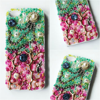 JELLYFISH DANCE iPhone 5 Case // Green Pink // Glass Beading Vintage and Swarovski Crystal Coral Mermaid Pearl