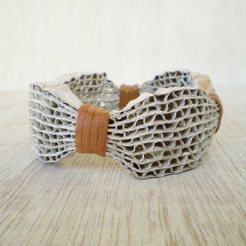 White Cardboard Bracelet Recycled Paper Bangle Bracelet Eco Friendly Ready to Ship / Χειροπέδα από Χαρτόκουτα