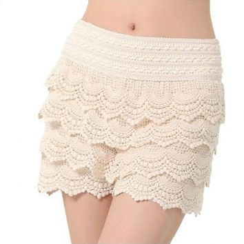 2018 New Summer Fashion Womens Shorts Sweet Style Lace Crochet Elastic Waist Slim Short Pants Plus Size S M L XL