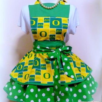 Oregon Ducks Womens Apron, Womens Ducks Football, Tailgating Apron, Womens Flirty Apron, Graduation Gift, Gifts for Her