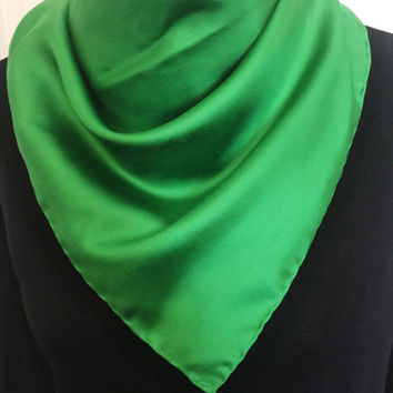 Vintage Scarf, Rich Emerald Green, Vintage Accessory, Versatile, DIY Craft Project