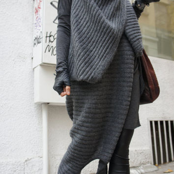 Loose Knit Top / Long Sleeveless vest / Extravagant  Asymmetric Tunic