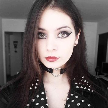 Leather Heart Choker Collar Necklace