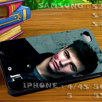 Magcon Boys Cameron Dallas - For iphone 4 iphone 5 samsung galaxy s4 / s3 / s2 Case Or Cover Phone.
