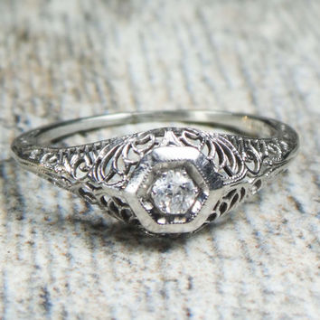 Antique 18k Gold Diamond Ring Antique Diamond Ring 18k White Gold Filigree Old Mine Cut Diamond Engagement Ring Vintage Art Deco Circa 1925