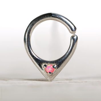 adb7f9676082f Geometric Septum Ring Nose Ring Body from Rebel Ocean | Rebel