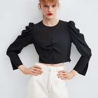 FLOWY PLEATED TOP