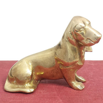Brass Basset Hound Figurine, Vintage Brass Dog Sculpture, Small Statue, Miniature Statuette, Hunting Dog Collectibles, Paperweight