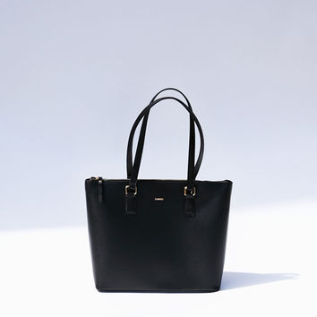 Textured tote bag with zip fastening - Bags - Bershka United States