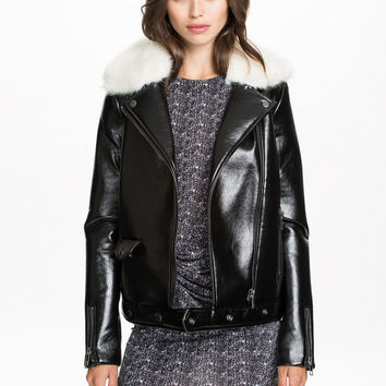 Black Leather Lapel Fur Buckle Jacket