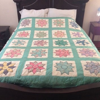 Star Button Stitch Quilt 1950's Vintage