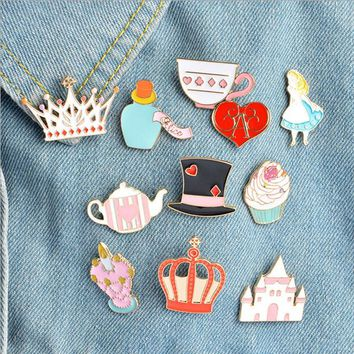 Trendy 1 pcs cartoon magic hat castle crown metal brooch button pins denim jacket pin jewelry decoration badge for clothes lapel pins AT_94_13