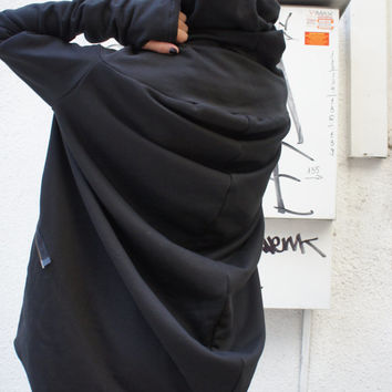 Asymmetryc Extravagant Black Hoodded Coat / Qilted Cotton A07015