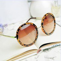 Thin Bar Round Sunglasses WER807