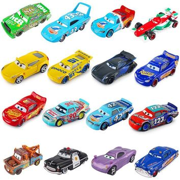 Disney Pixar Cars 3 2 Jackson Storm Lightning McQueen Cruz Ramirez 1:55 Diecast Metal Toys Model Car Birthday Gift For Kids Boy